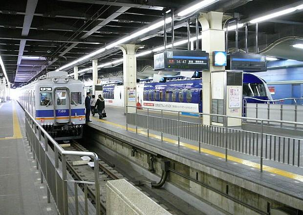 南海電車の難波駅